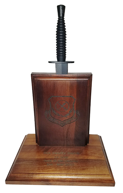 Dagger Plaque (Dark Wood)