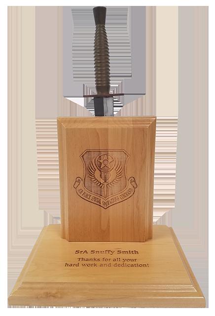 Dagger Plaque (Light Wood)